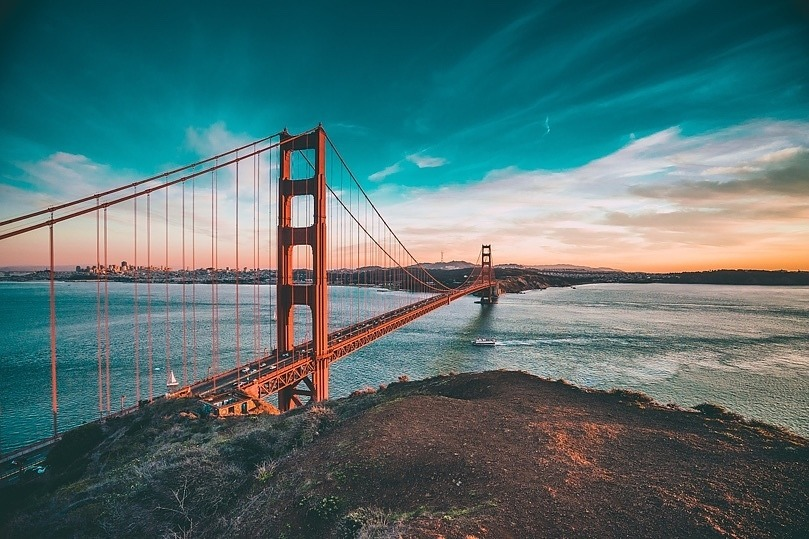 golden-gate-bridge-1081782_1280