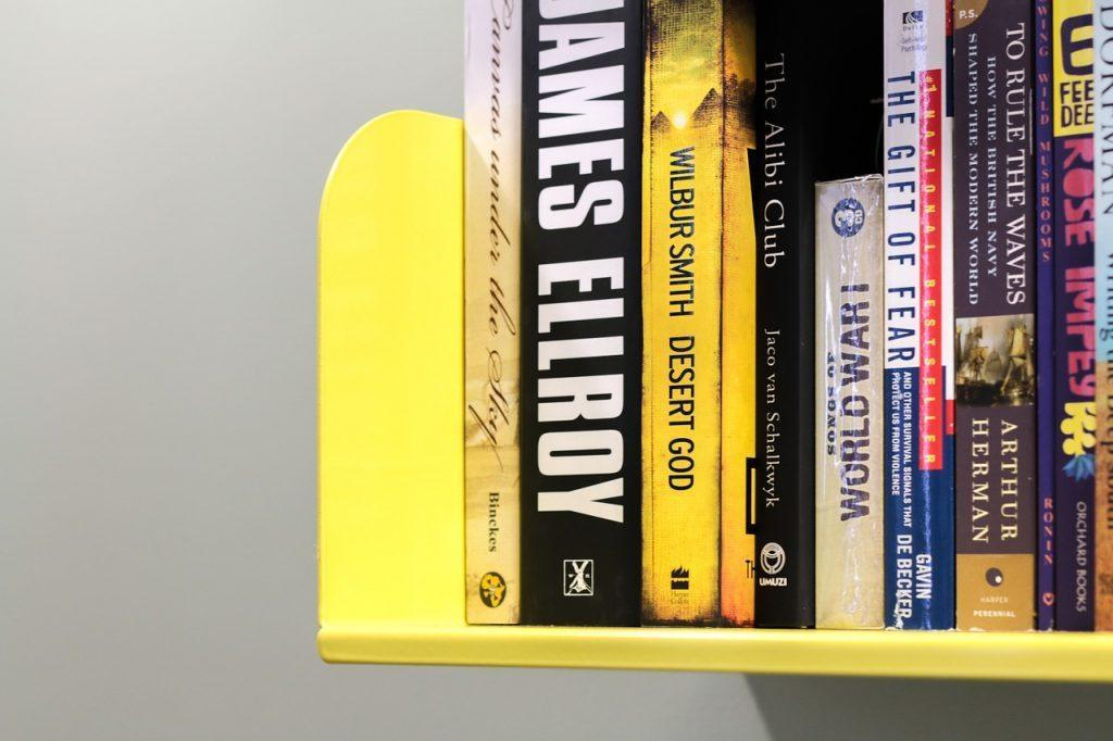 5 Recommended Books for First Year Corporate Associate Lawyer